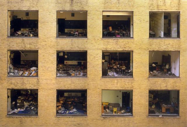 Los colegios abandonados son la perfecta metáfora de una Detroit de negro futuro. (Marchand/Romain)