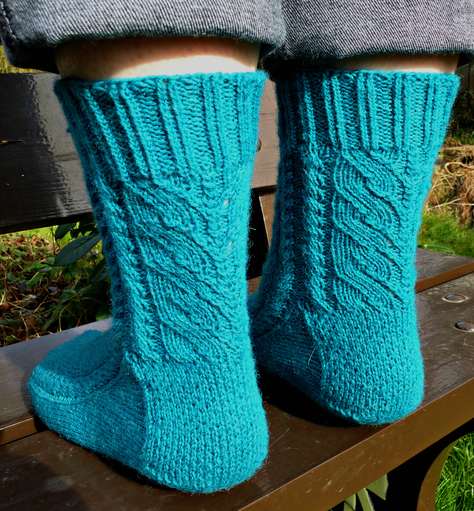 Jo Torr Twisting Leaves socks