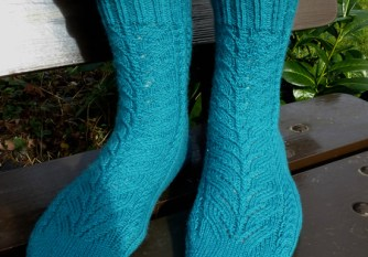 Jo Torr Twisting Leaves socks