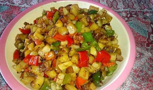 Serve stir fry potatoes immediately with tea