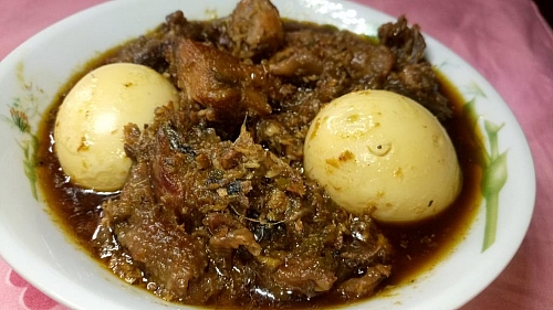 Picture of Ofada stew (ayaamse stew)