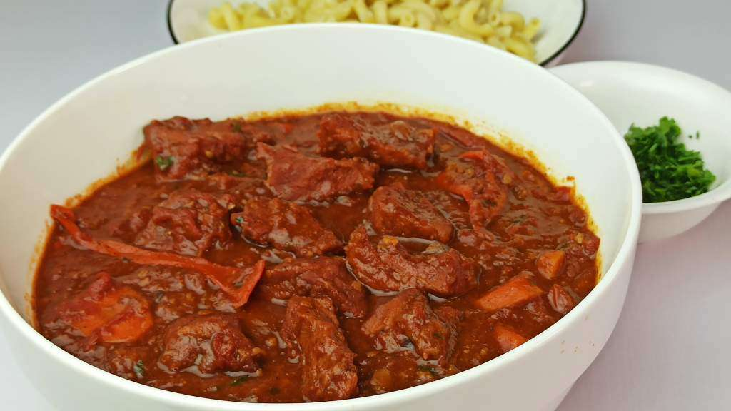 Easy Hungarian Beef Goulash Soup Recipe