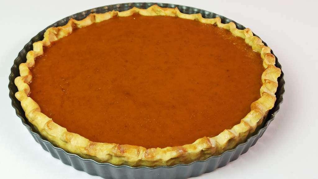 Homemade Baked Pumpkin Pie Recipe in a Pan