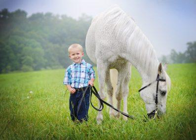 child_horse_photography