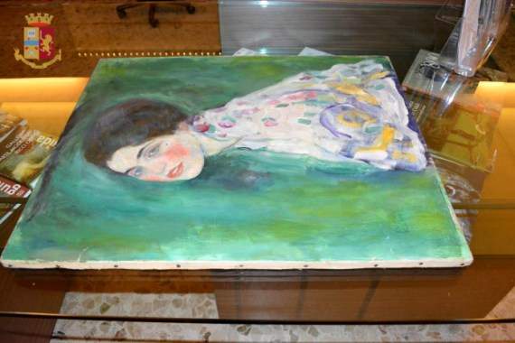 Ritratto di Signora di Klimt, foto Polizia di Stato