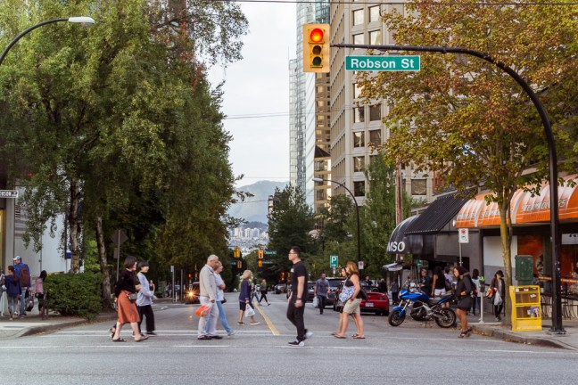 Robson street_Vancouver
