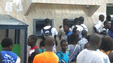 Retard des bourses/mafia des bourses/Augmentation des frais d'inscription et de scolarité au Gabon/Paiements des allocations d'études sengeo alerte