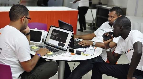 Troisième édition du Hackathon Tous connectés au monde du digital
