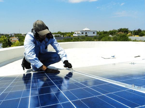 Technicien en Electricité Solaire