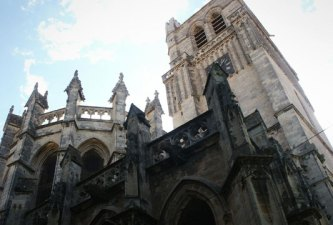 Cathédrale-de-Béziers-©-Niels-Roza---Creative-Commons-Flickr