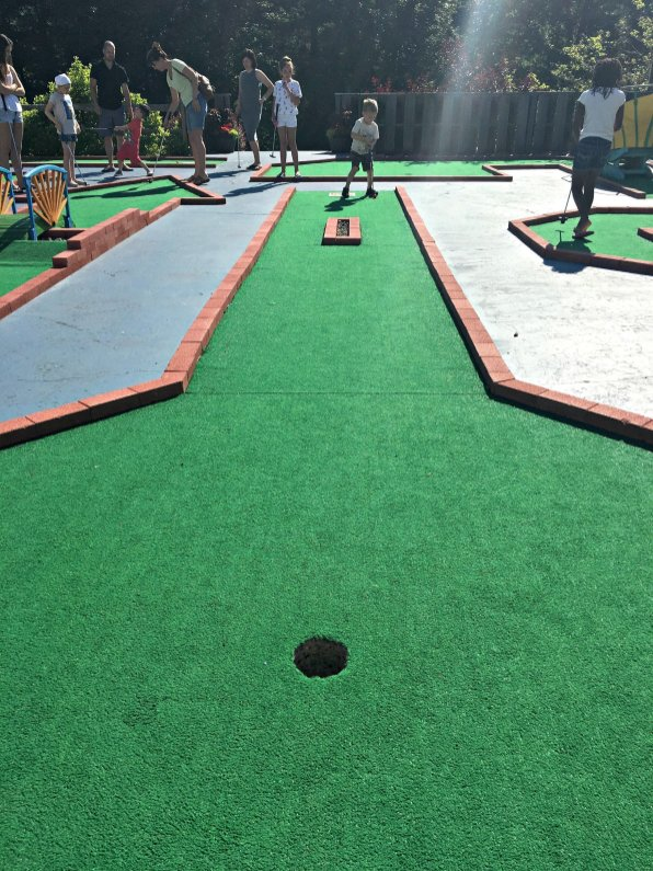 Mini Golf at Fox Ridge Resort