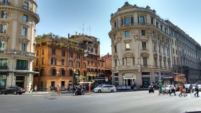 walking tour of rome