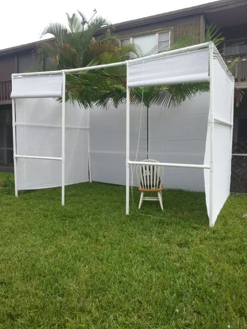 sukkah with roll up shades for walls