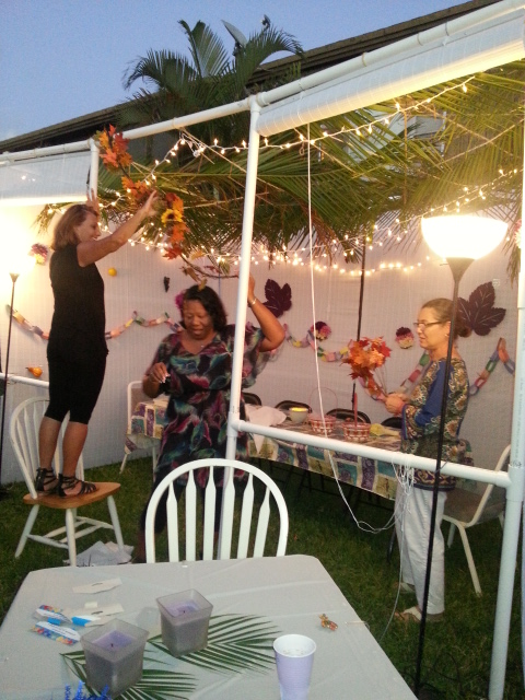 more sukkah decorating
