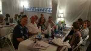 Seder guests