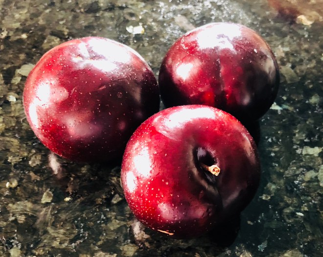 Reasons to Eat More Plums