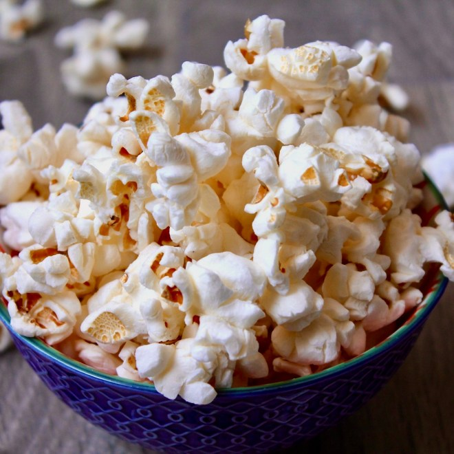 Heart Healthy Snacks popcorn