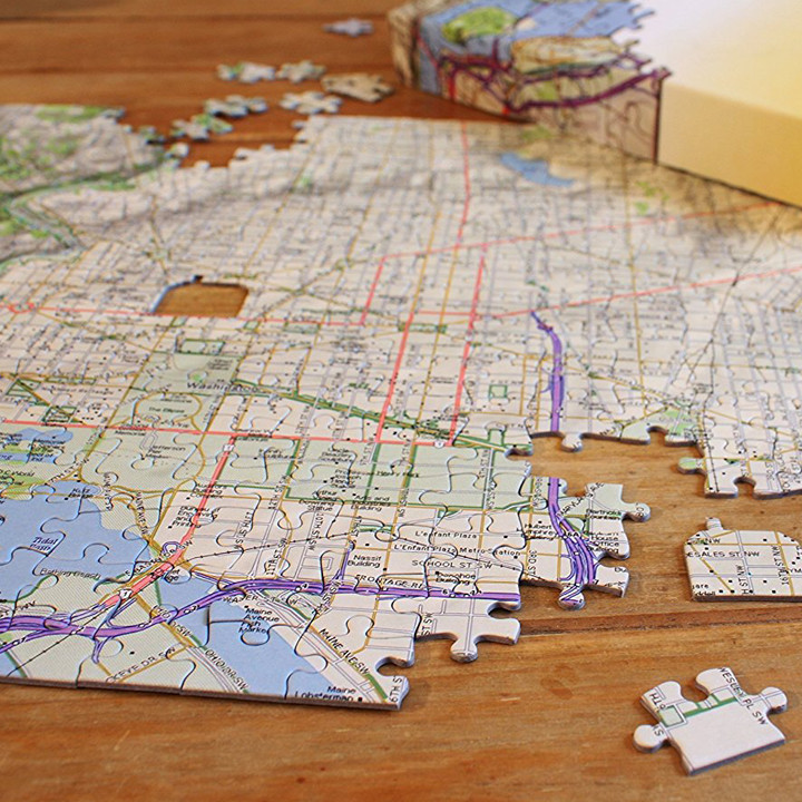 Personalized map jigsaw puzzle