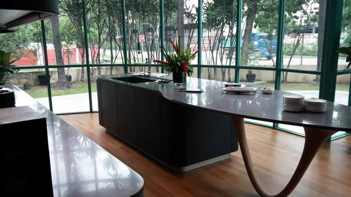 Blog over Italiaanse Design Keukens Snaidero Ola 20 showroomkeuken in mat lak