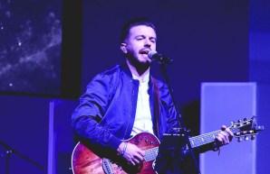 Evan Craft en concierto durante Congreso Reto Juvenil 2017