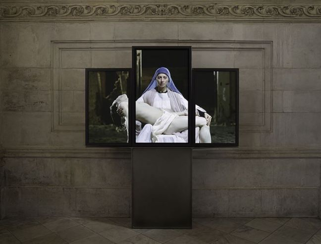 "Bill Viola, ""Mary"", Instalación Video - Tríptico, 2016"