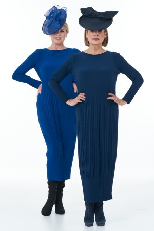 Long Sleeved Pleated Knit Dress in Navy