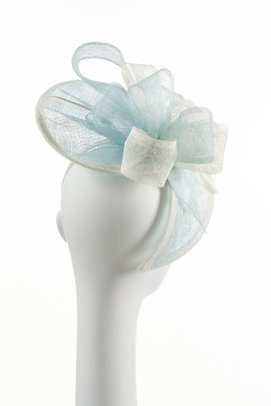 Small Twister Hat in Mint and Ivory