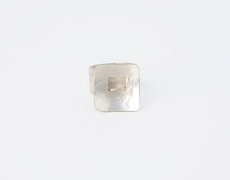 020. Metales. Anillo Ventanas. Plata 925