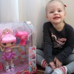 Lalaloopsy Feature Doll Jewel's Glitter Makeover | Review