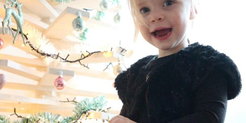 Sofie haar (budgetproof) kerstoutfit | Advent of Joy