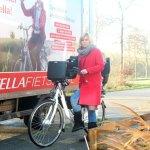 Fietsen op een elektrische fiets van Stella Fietsen