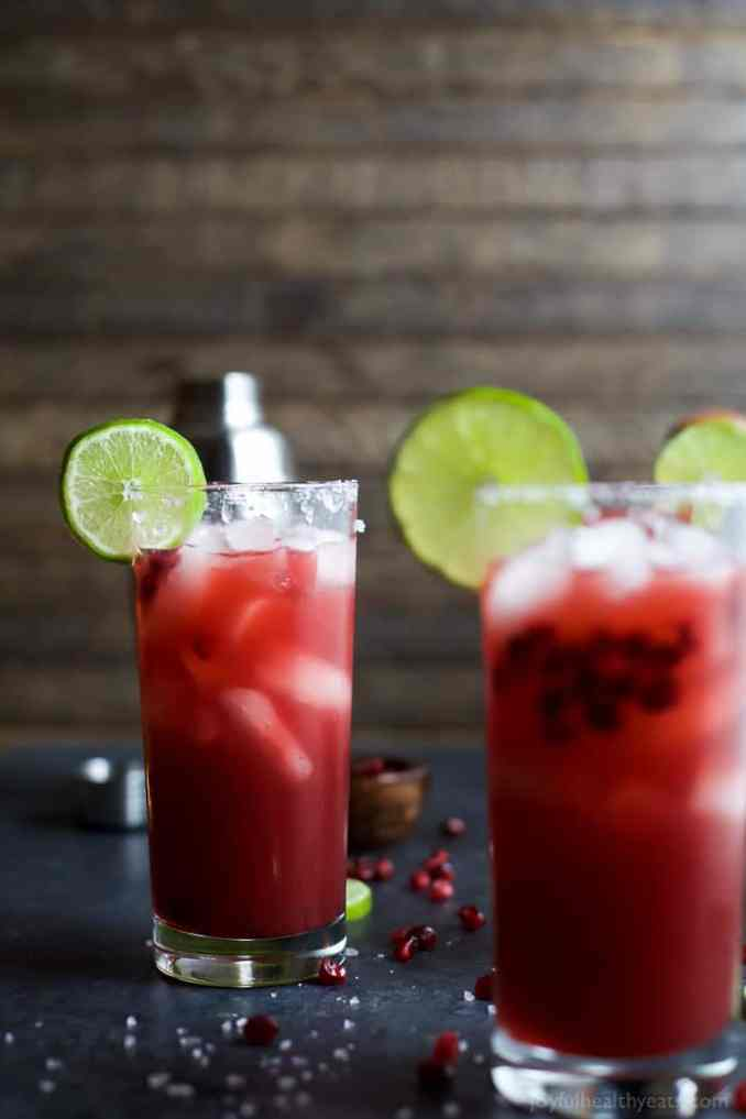 Easy & Refreshing Pomegranate Margarita Recipe | Homemade