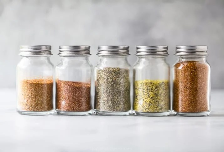 horizontal photo 5 of the best dry rub recipes for chicken