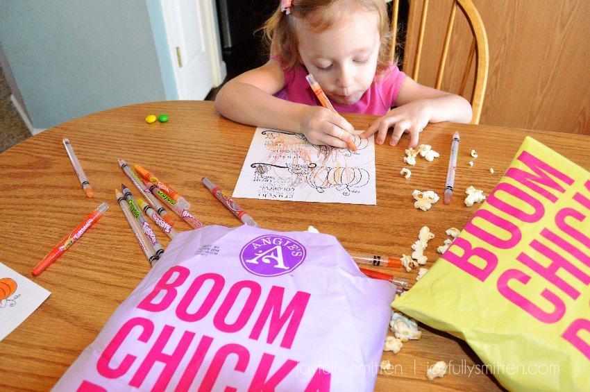 Free FALL Snack Tag Coloring Printable! #BringtheBoom