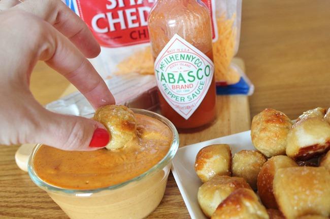 Nacho Cheese Dipping Sauce