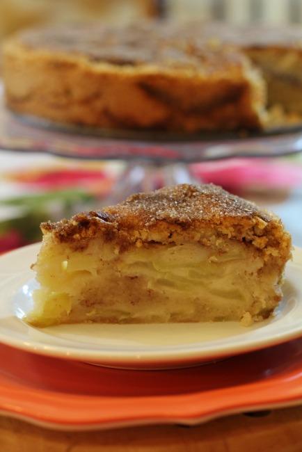 Cinnamon Apple Pie Cake