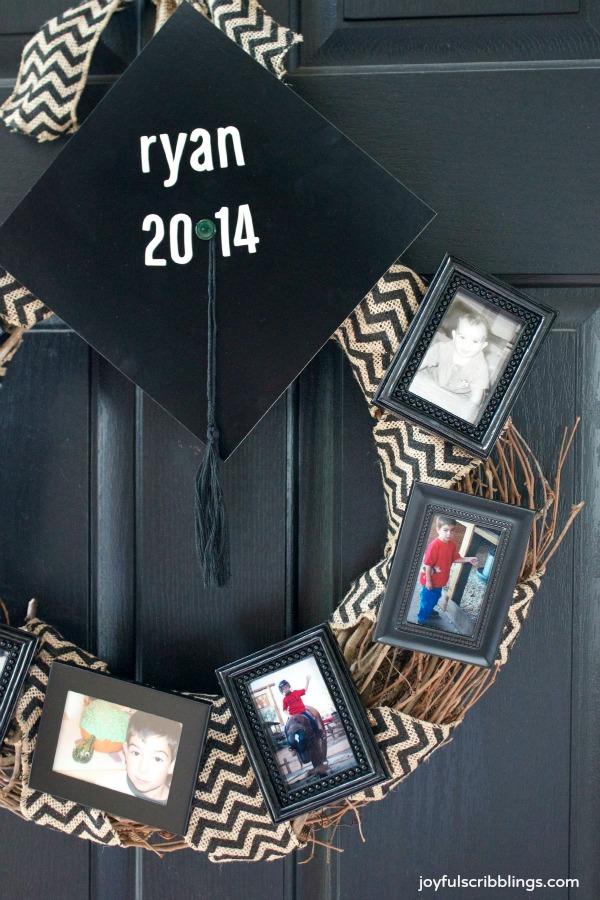 #DIY graduation wreath