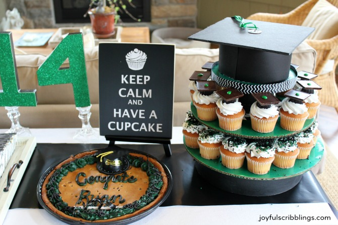 #graduation dessert table