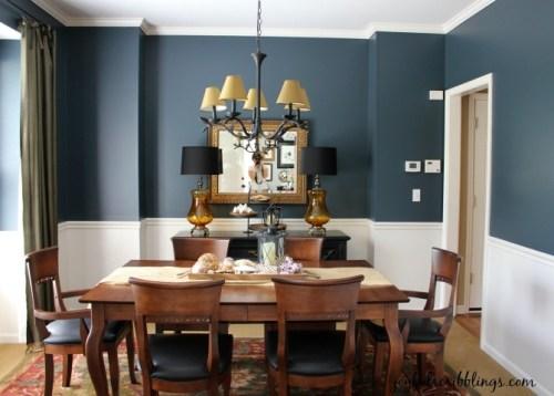 dining room in Narragansett Green