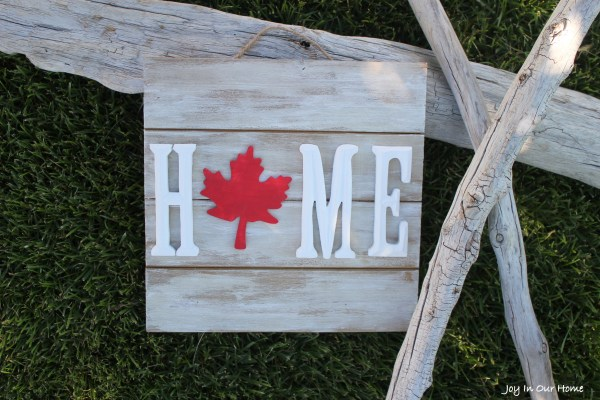 Quick and easy Canada Day sign from www.joyinourhome.com