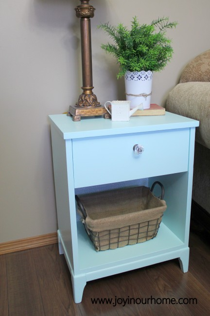 End Table Makeover.... see before and after pictures at www.joyinourhome.com