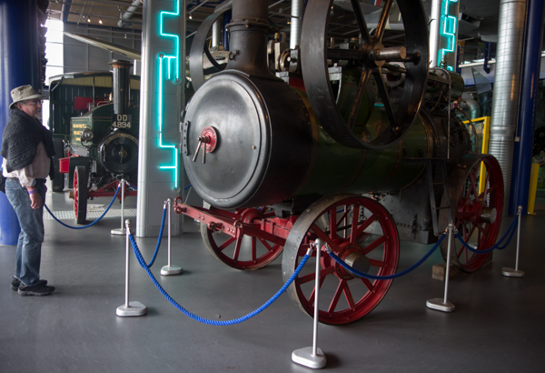 Steam engine with wheels