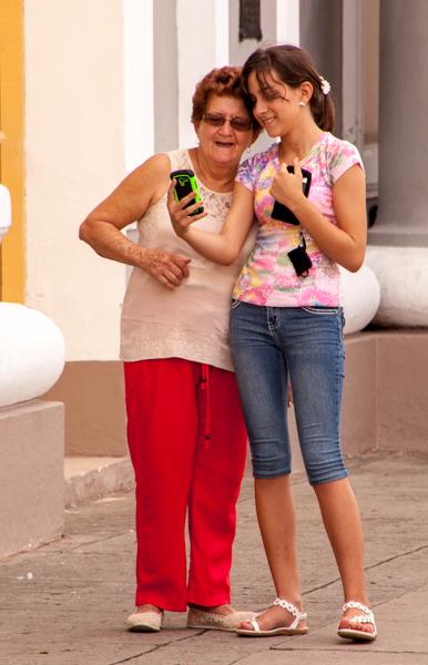 Wi-fi comes to Cuba