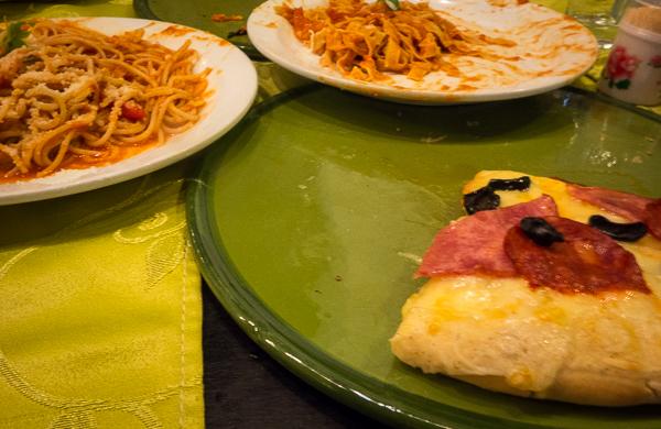 Pizza and pasta at XANA, Havana, Cuba