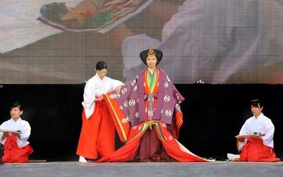 Японское участие в VIIIой Владивостокской Биеннале визуальных искусств
