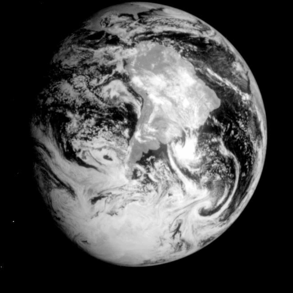Space Images  Global View of Earth in the NearInfrared