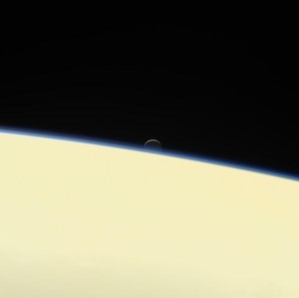 Space Enceladus Setting Saturn & Movie