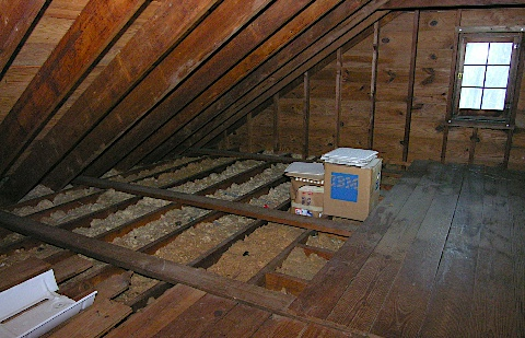 Mounting ham radio antennas in the attic  KB9VBR JPole