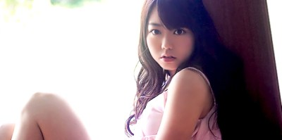 https://i0.wp.com/www.jpopasia.com/i1/celebrities/1/28458-minamiminegishi-jdkf.jpg?resize=400%2C199