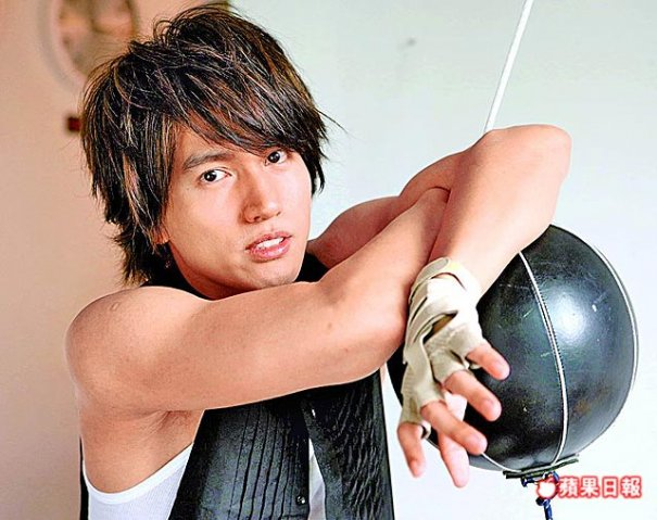 Jerry Yan Suffers Eye Infection + Hand Injury